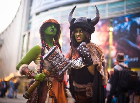 gamescom-warcraft-chicks
